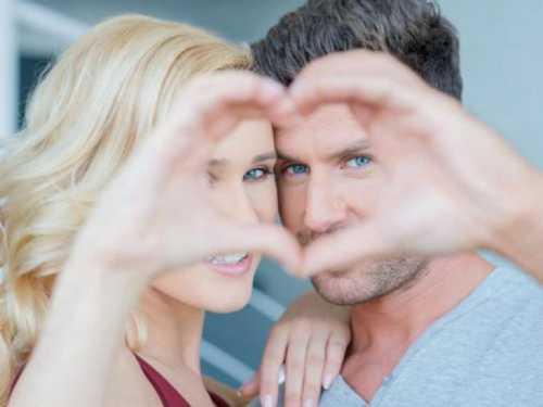 Есть и третий вариант, когда вы оба вызываете друг у друга сильные чувства, но твой избранник уже накрепко связан узами браками