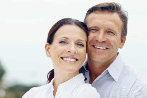 Союз красивого мужчины и обычной женщины долговечнее