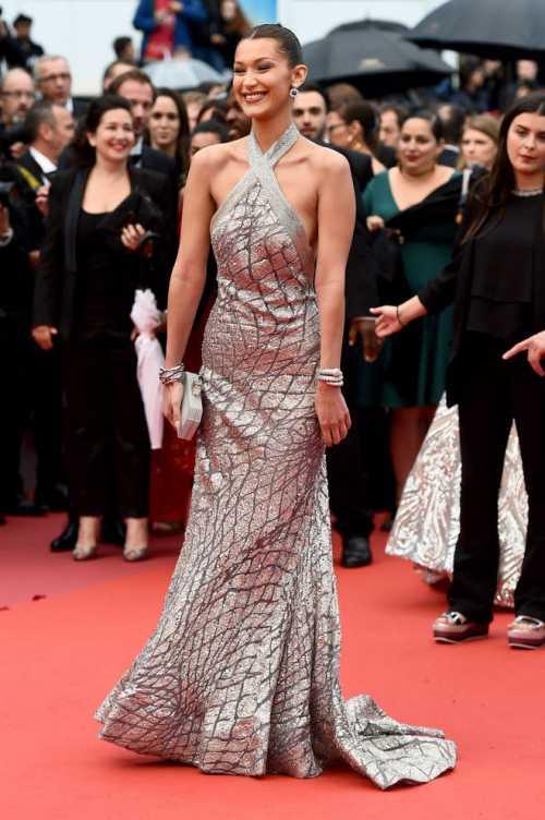 Каннский фестиваль 2018: модель Белла Хадид в наряде Elie Saab