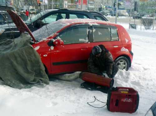 Рекомендую возить провода для прикуривания в машине, в случае возникновения подобной ситуации