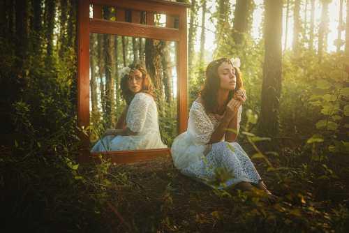 По ту сторону зеркала женская психология