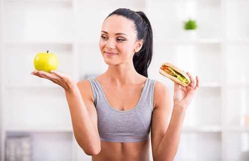 Кроме эффективного похудения, скакалка, по мнению кардиологов, является отличным кардио тренажером