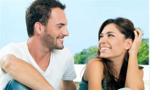Согласно исследованиям, даже спустя длительное время около мужчин невольно сравнивают свою новую спутницу с бывшей супругой не в пользу первой
