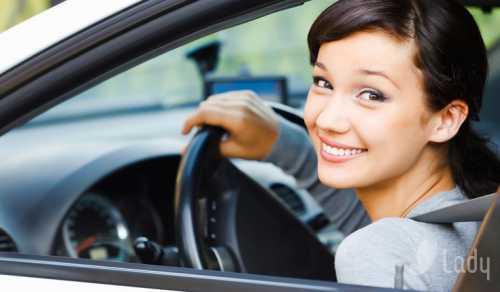 Как женщине научиться водить машину