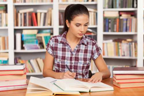Экзамен предназначен для того, чтобы узнать насколько хорошо человек, для которого английский язык не родной, сможет использовать его в академических условиях