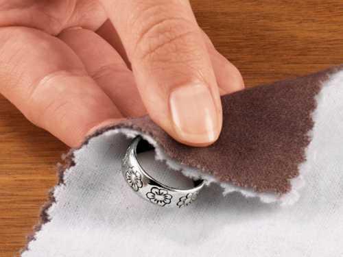 Чистка серебра с помощью уксуса